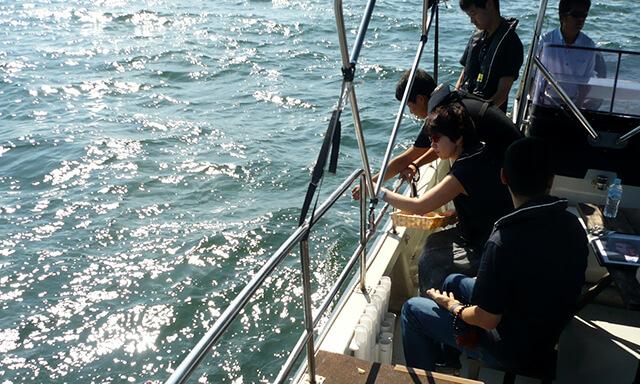 神戸(兵庫県)での海洋散骨の風景