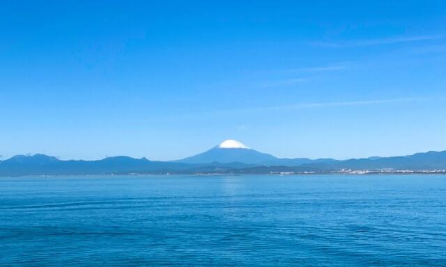 神奈川・湘南の海洋散骨業者の富士山