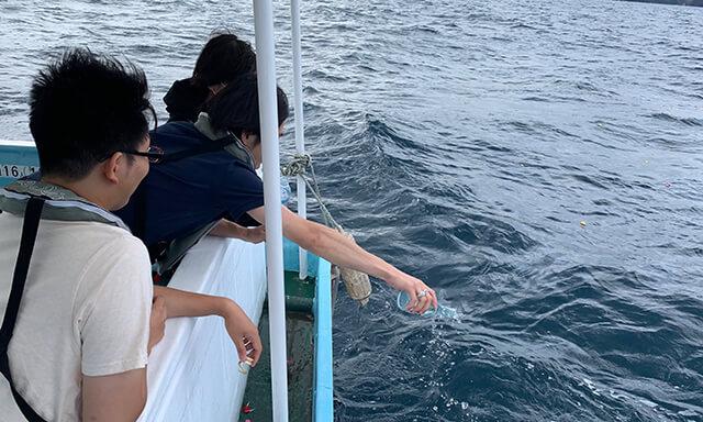島根沖での散骨業者